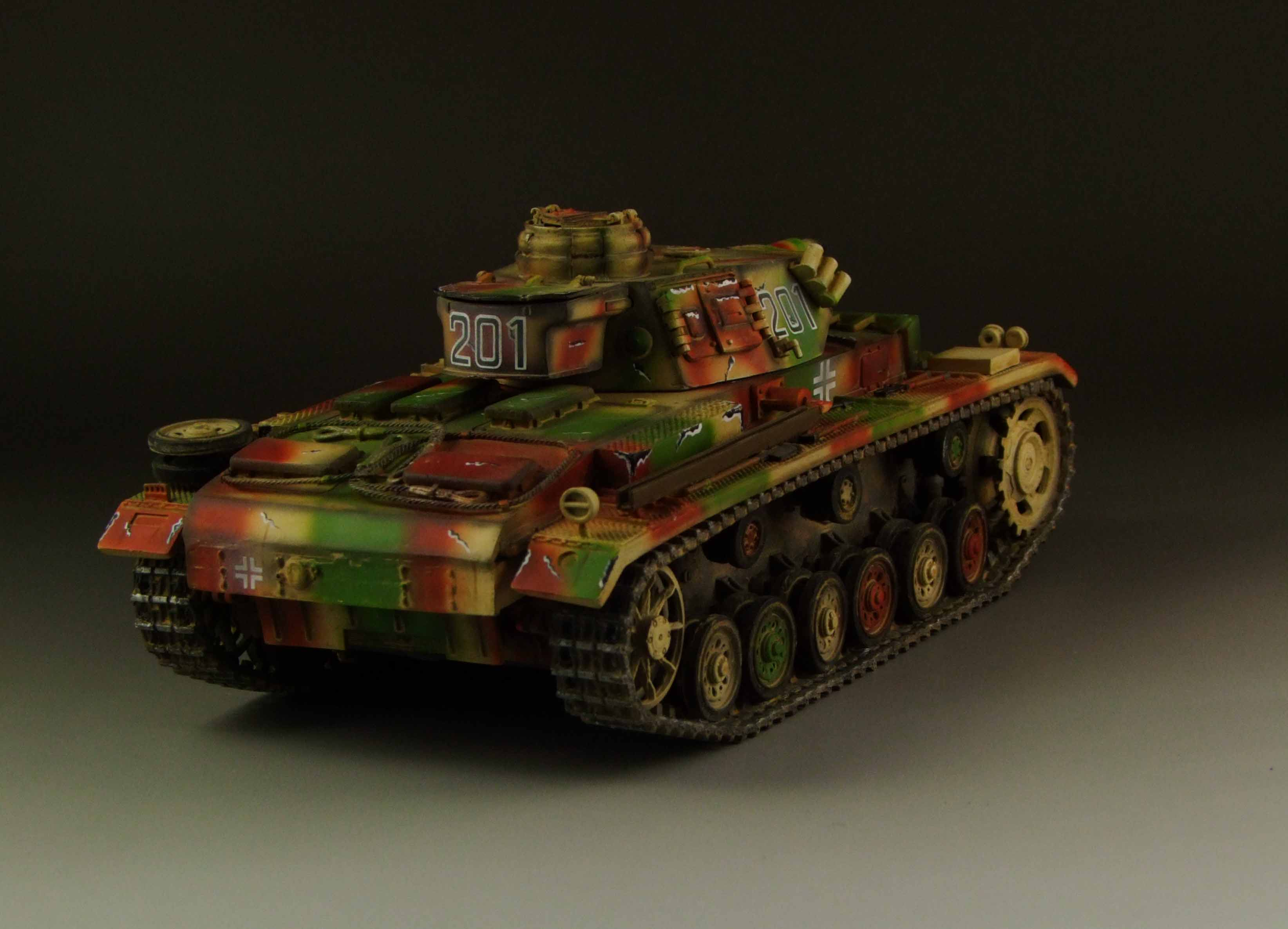 Panzer III Ausf L tri-color camouflage